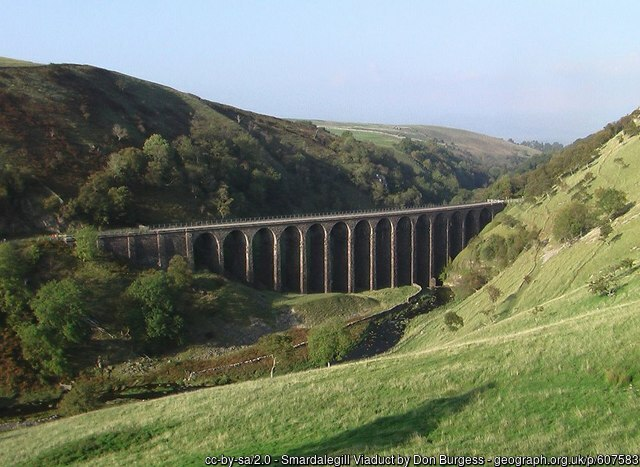 Smardale Gill Viaduct cc-by-sa/2.0 - © Don Burgess - geograph.org.uk/p/607583