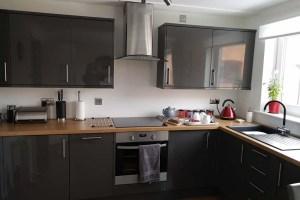 Cloisters Walk York apartment Kitchen - by Linda