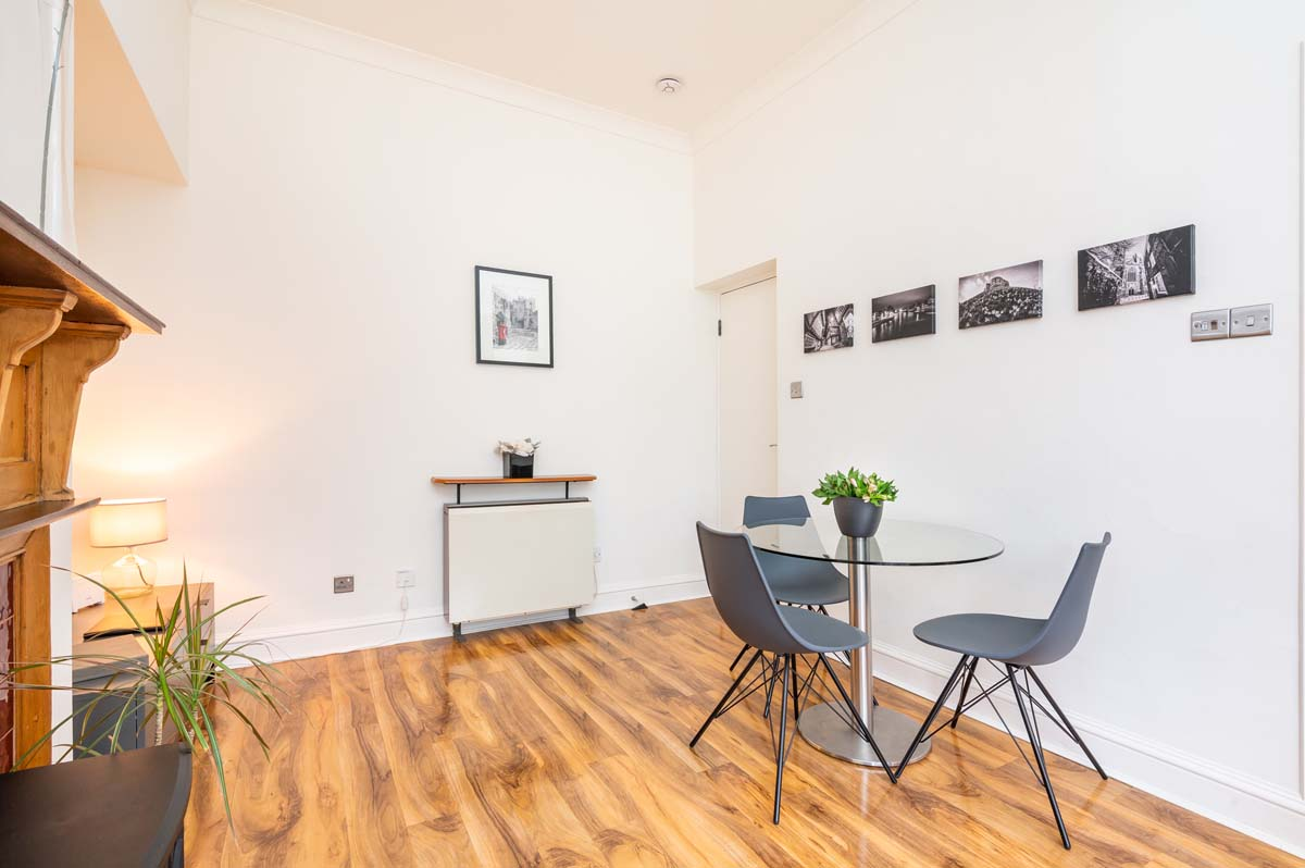 Feversham Holiday Apartment York - Lounge Diner