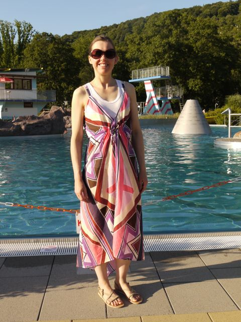Marfy 3107 poolside at our local Freibad.