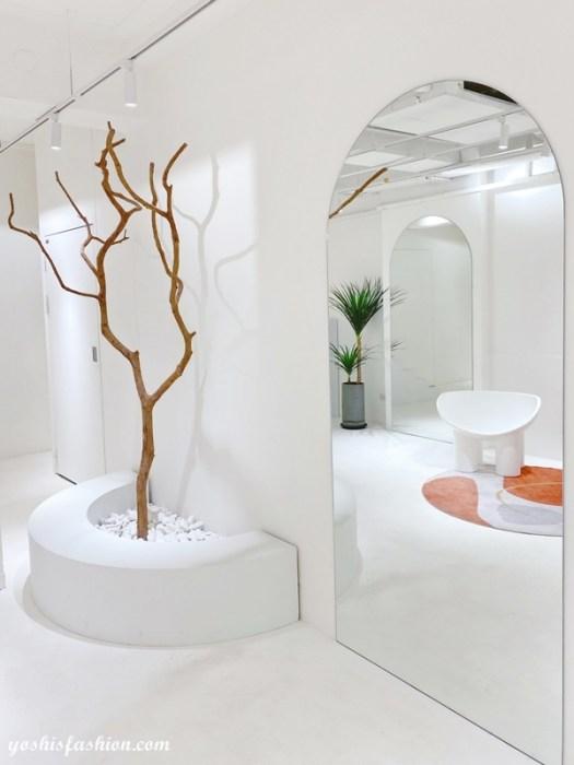 D+AF南西店三樓也有枯木和落地鏡,也是適合拍照的地點