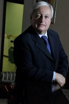 Dr Mario Petracca proctologo