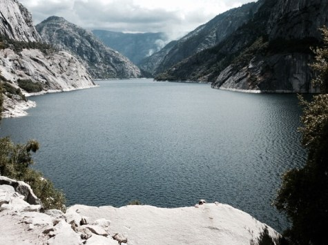 Hetch Hetchy lake dam