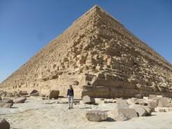 cheops cairo pyramid