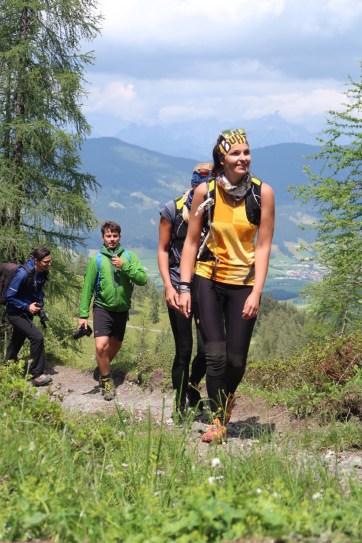 Hikinggirls outdoor