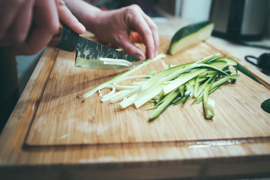 The Most Common Ways to Cut Vegetables + Their Meanings