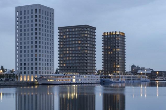 Winner Living together 2018: Westkaai Towers 5 & 6, Belgium ©Peter Cook