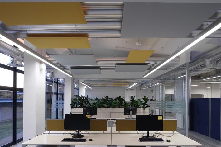 Il sistema illuminotecnico è stato curato da Performance in Lighting
