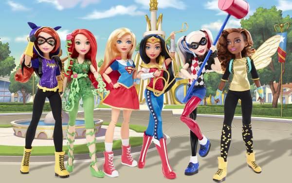 Куклы DC Super Hero Girls на фонах из мультфильма ...
