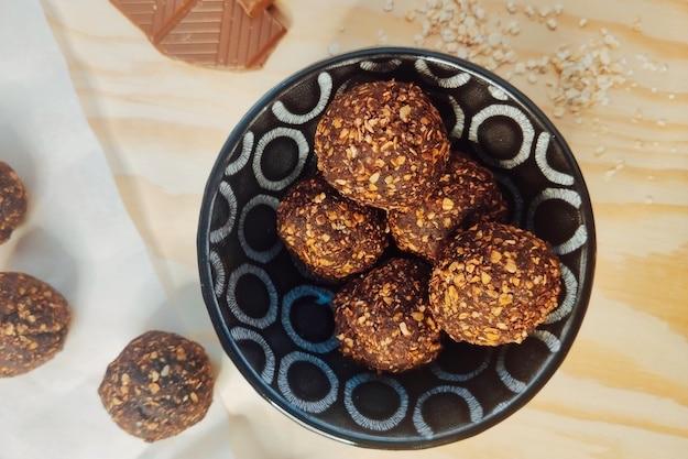 Energy balls chocolat noisette