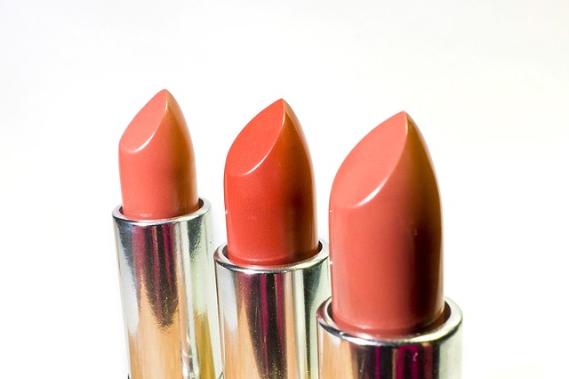 Lipstick coral colors