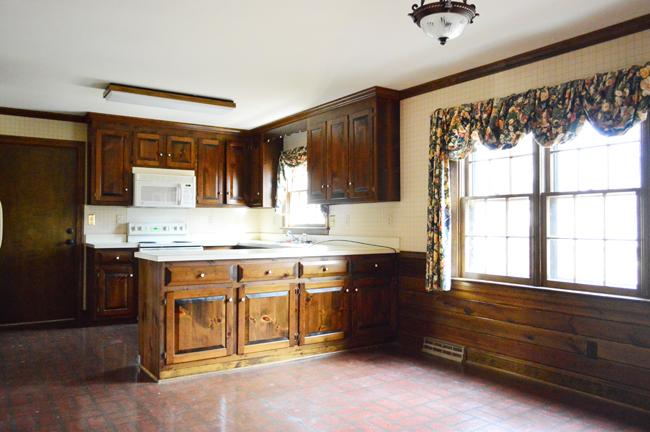 HouseTour-Kitchen-Before