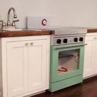 Reader Redesign: Mini Kitchen Masterpiece