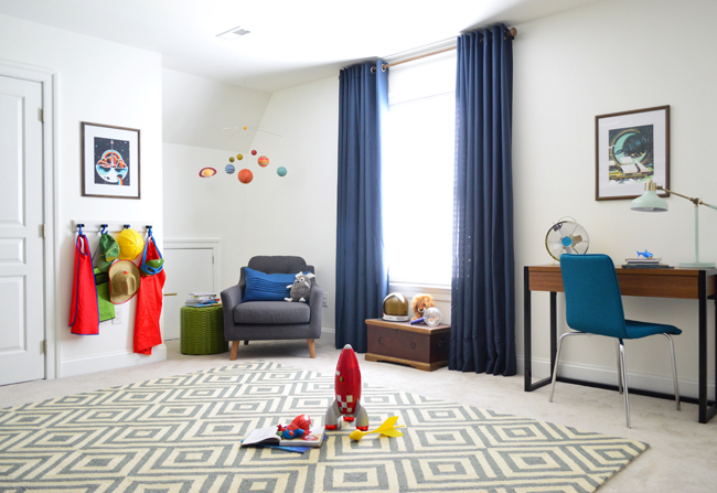 Boys Outer-Space-Bedroom-Rug-Blue-Curtains