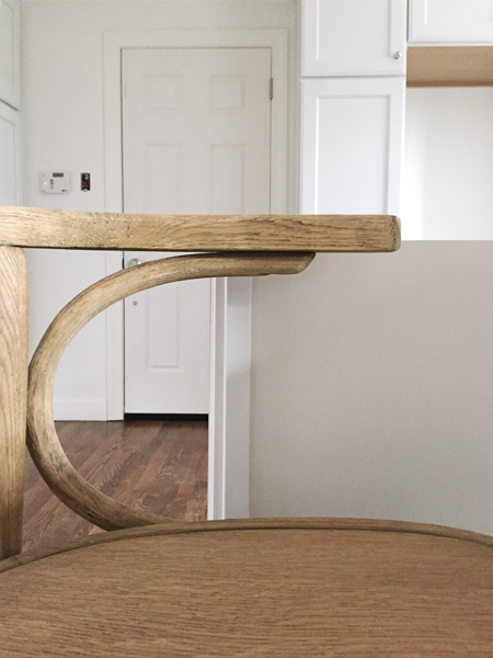 kitchen-mistakes-too-tall-stool