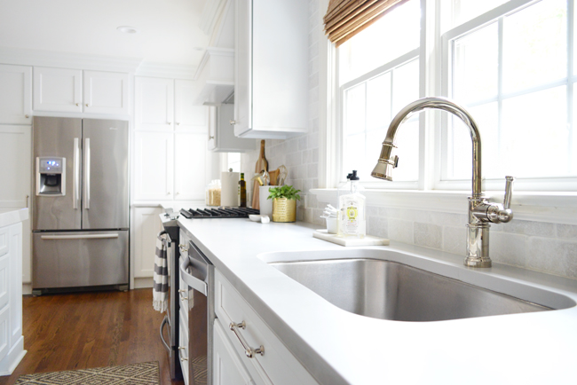white-kitchen-remodel-brizo-faucet