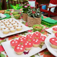 Two Easy Kids Birthday Parties: Into The Woods & Under The Sea