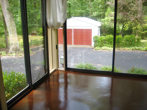 painting wood or concrete floors has