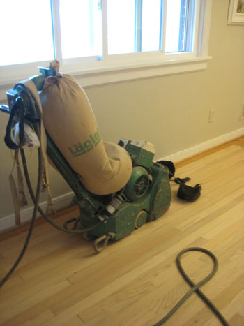 hard-wood-floor-refinishing-sander