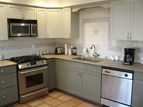 High Quality Refinished Repainted Kitchen Cabinets1