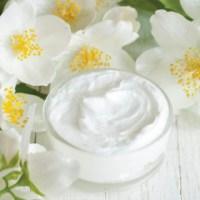 DIY shaving cream with essential oils