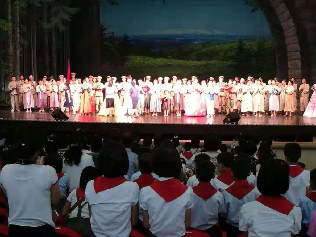 Korean Language Study Tour, we've visited a new opera show at the Pyongyang Grand Theatre