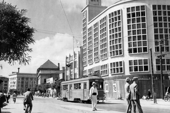 photo of korea before the war: streets of Seoul