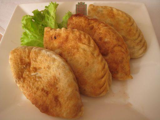Mongolian people and food