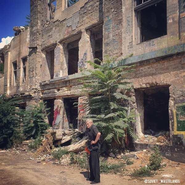 Buildings in ruins in Odessa