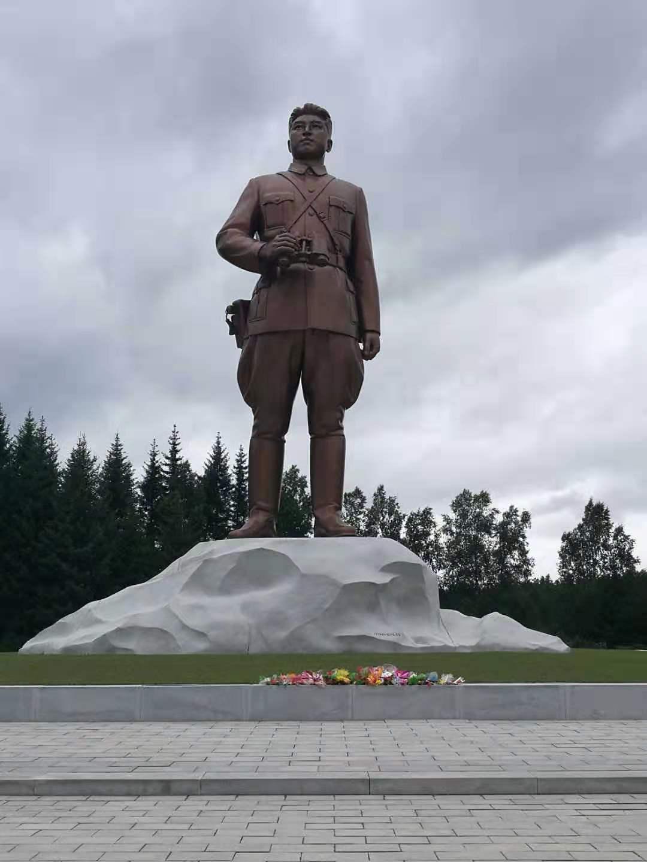 A statue of Kim Il Sung in Samjiyon County, nearby Mount Paekdu