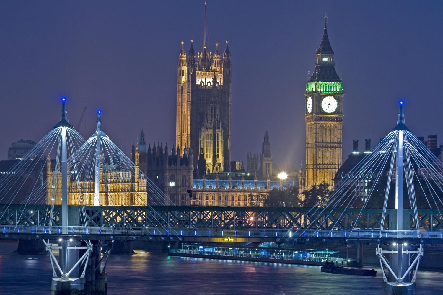 Make Your London Tour Memorable With These Christmas Tours