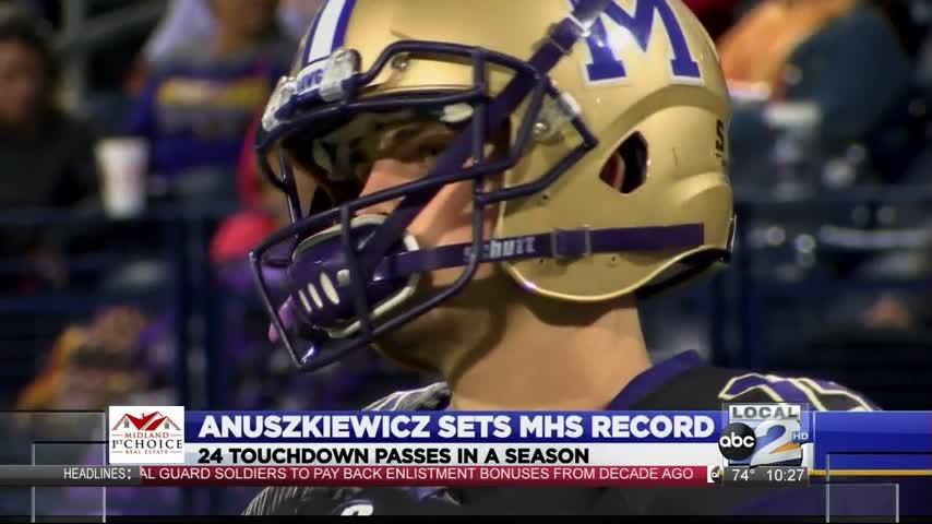 Jackson Anuszkiewicz Breaks MHS Record_88049808-159532