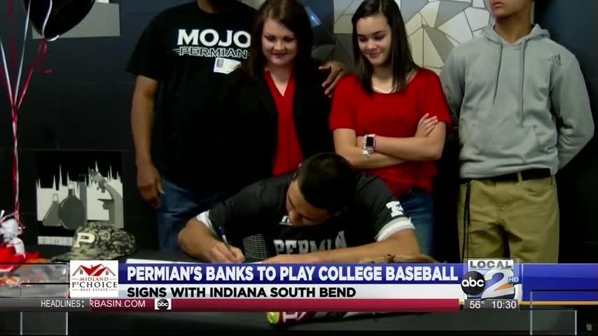 Permian-s Banks Signs Baseball LOI_59818721