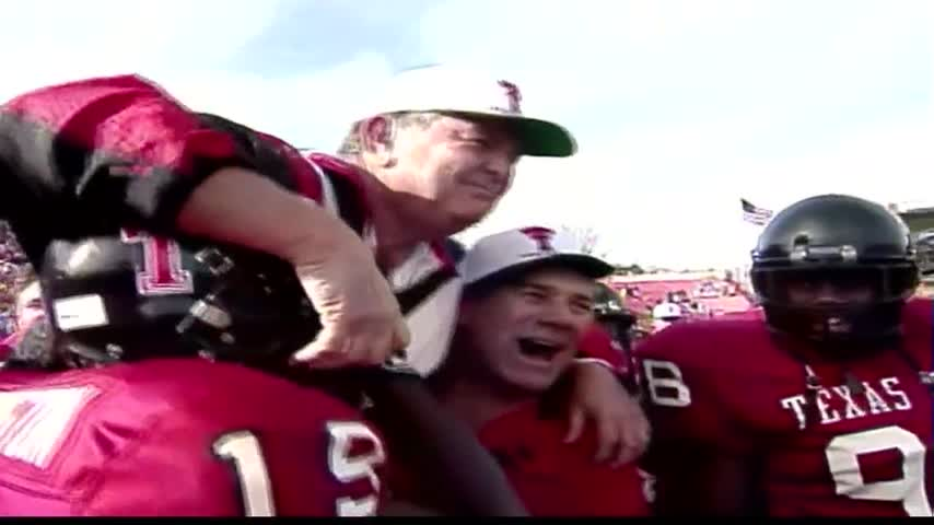Former Basin Coach Spike Dykes Passes Away_75215878