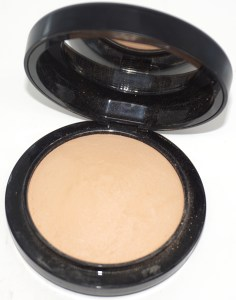 MAC Mineralize SkinFinish Natural in Medium Golden, MAC Mineralize SkinFinish Natural reviews, setting powders for foundation, natural looking setting powders for foundation, best setting powders for foundation, MAC setting powders, mac mineralize collection, mineralize powders for setting foundation, mineral makeup from mac, mineral makeup reviews, best mineral makeup, mineral makeup reviews, MAC products, cult favorite mac products,Your best face first pool boy beauty look, your best face pool boy beauty look, your bff pool boy beauty look, your best face first, yourbestfacefirst.com, your best face, your best face first beauty looks, your bff beauty looks, yourbestfacefirst.com beauty looks, #yourbff, #yourbff beauty looks, your best face blog, your best face first beauty blog, your best face first beauty website, beauty write yourbff, pool beauty look, occ pool boy beauty look, occ pool boy lip tar, pool boy summer 2016 beauty look, blue lips beauty look, blue lips beauty inspiration, how-to blue lips, how to blue lips, turquoise lips, editorial beauty looks