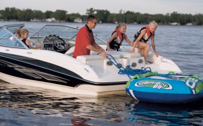 Parents Choose Boating for Good Reasons