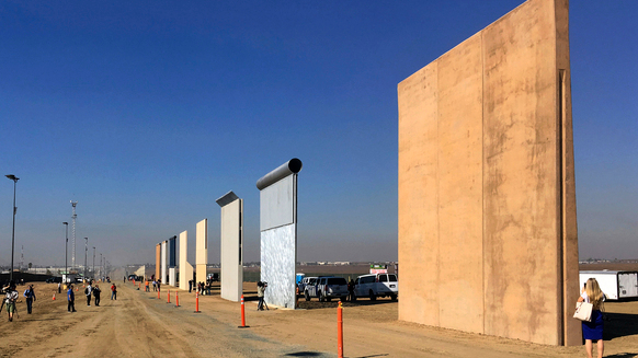 Border_Wall_Lawsuit_96131_50916125_ver1.0_640_360 (1)_1542600358677.jpg.jpg