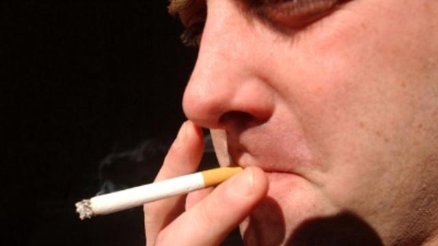 Smoking--cigarettes-jpg_5325999_ver1.0_640_360_1541441085844.jpg