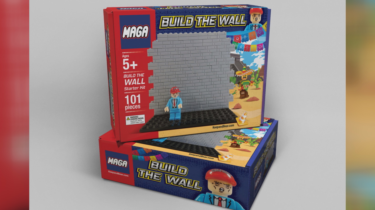trump build the wall maga blocks-846653543