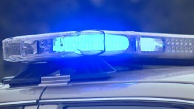 police-lights-generic_35852267_ver1.0_640_360_1535570113398.jpg