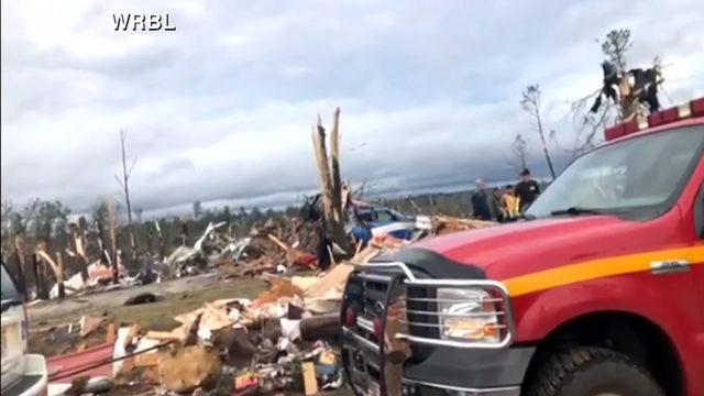 Tornado debris_1551654157557.jpg_454014_ver1.0_640_360_1551657470587.jpg.jpg