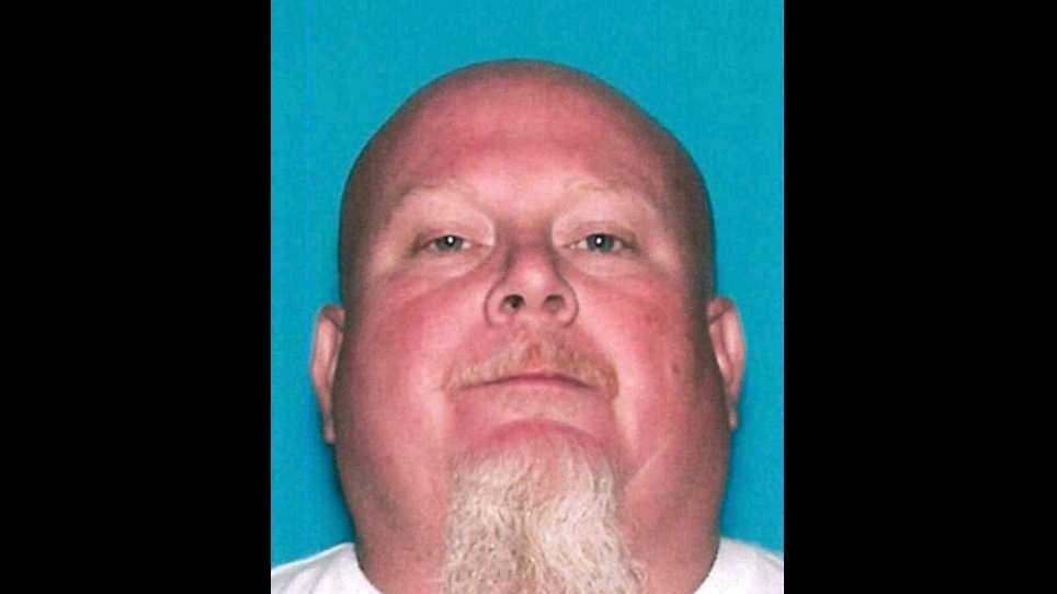 Tulare County man shoots his wife in the shoulder, deputies say