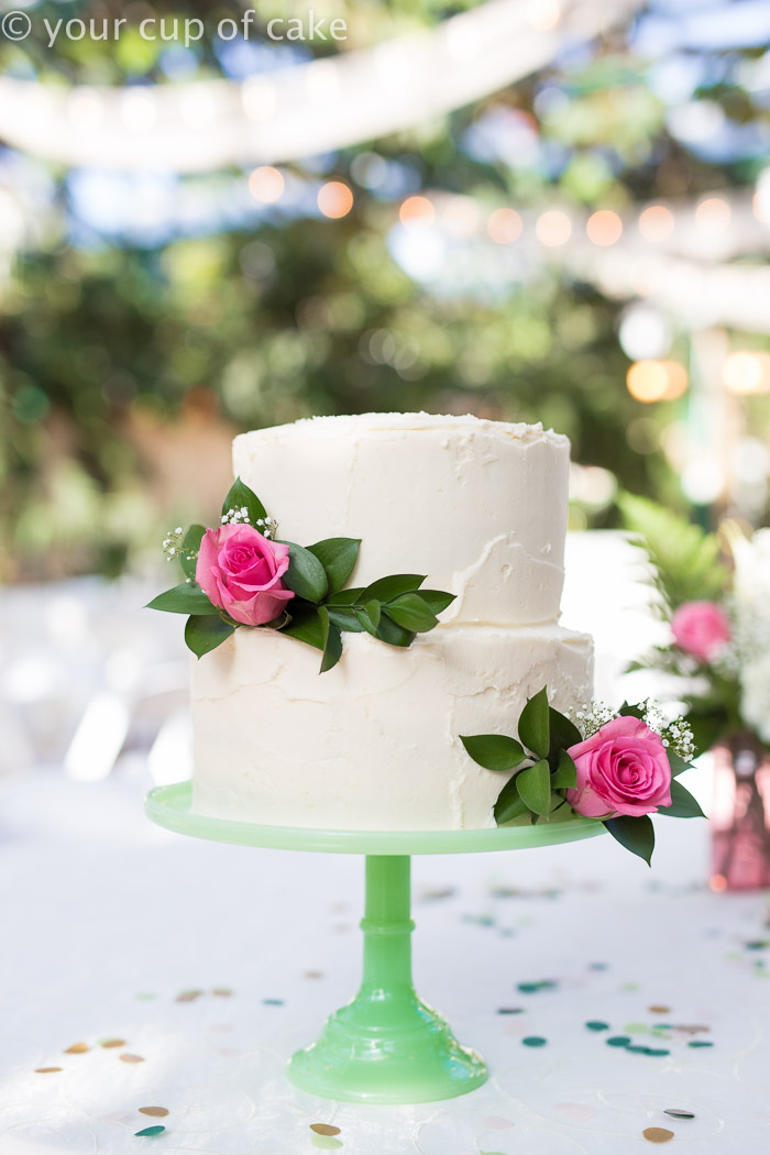 How to Make a Wedding Cake   Your Cup of Cake DIY wedding cake  all the tricks you need to know