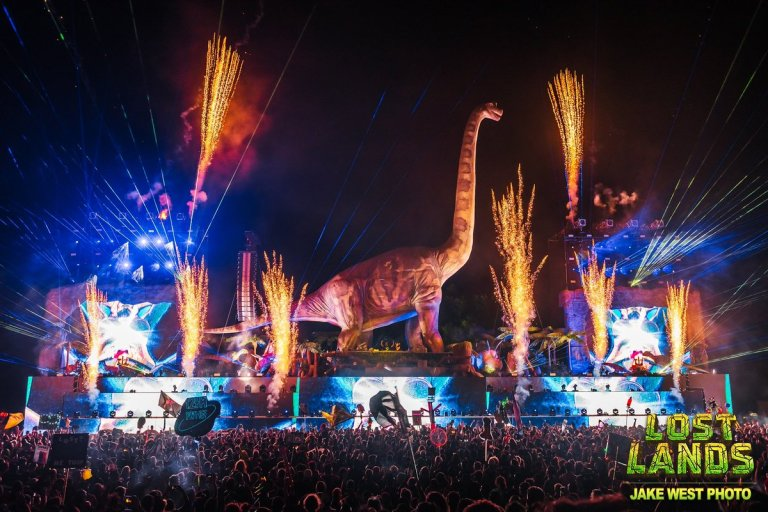 Couch Lands From Lost Lands is officially live!! [STREAM]