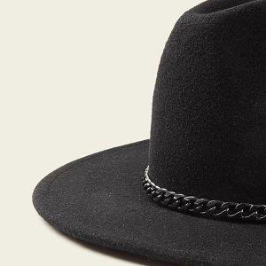 chapeau noir femme avec chainette