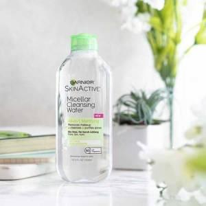 eau micellaire démaquillante matifiante peau grasse
