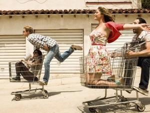 (L-R) Aya Cash as Gretchen, Chris Geere as Jimmy, Kether Donohue as Lindsay, Desmin Borges as Edgar. CR: Autumn De Wilde/FX
