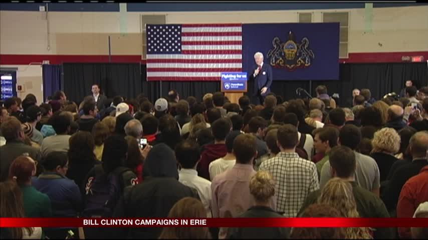 Clinton Speaks in Erie_07159774-159532
