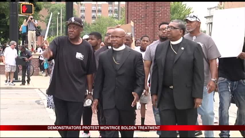 Hundreds rally in Perry Square against excessive police forc_85962305-159532