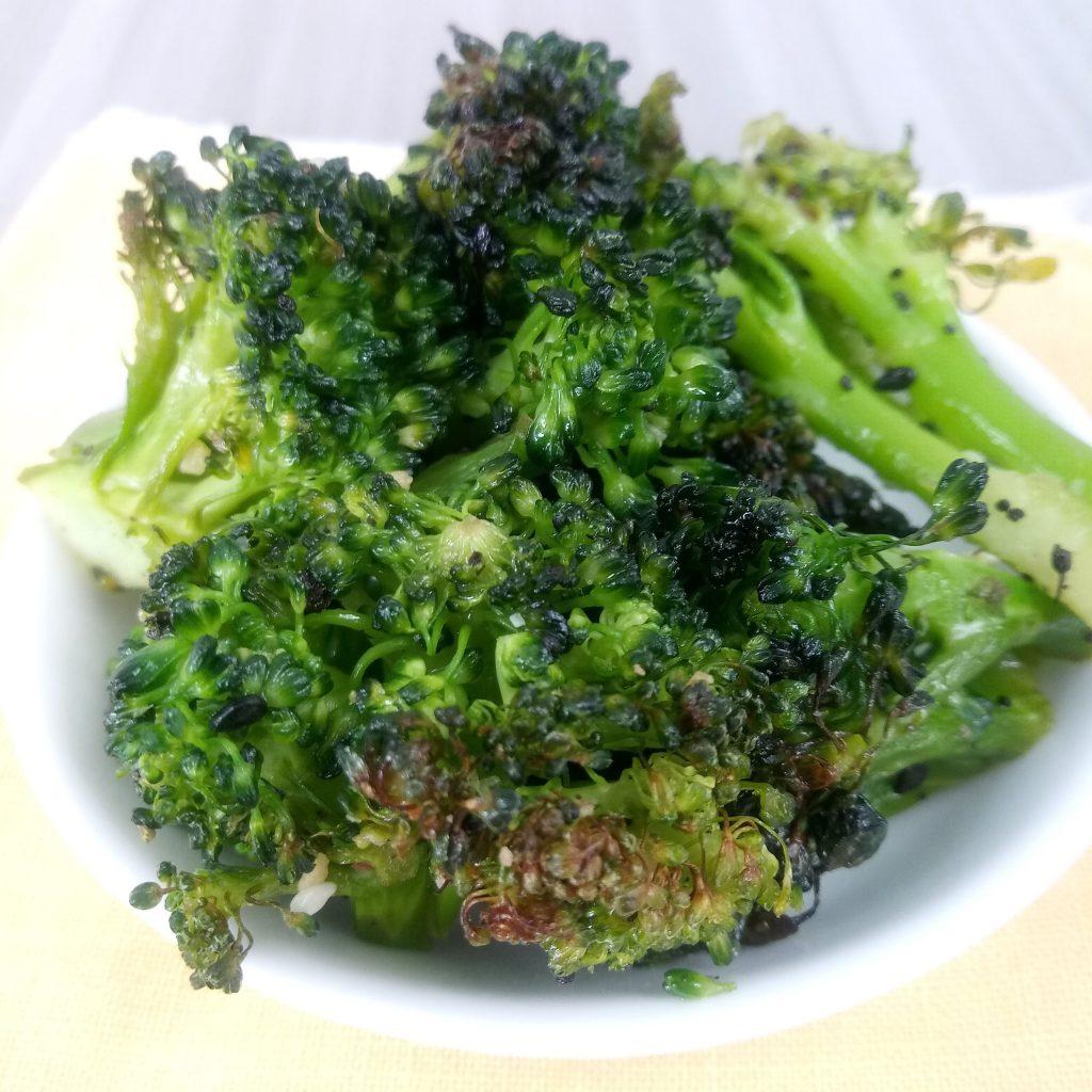 delicious roasted broccoli